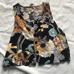 Cropped flower shirt